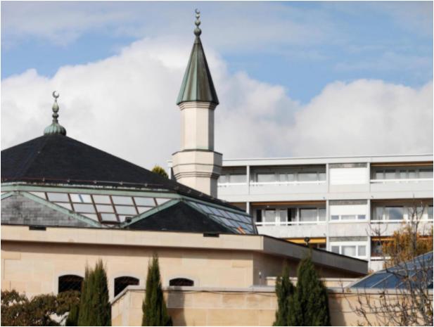 Berne mise sur les clubs amateurs et les mosquées